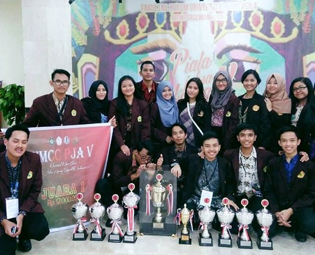 TMCC Juara Umum National Moot Court Competition