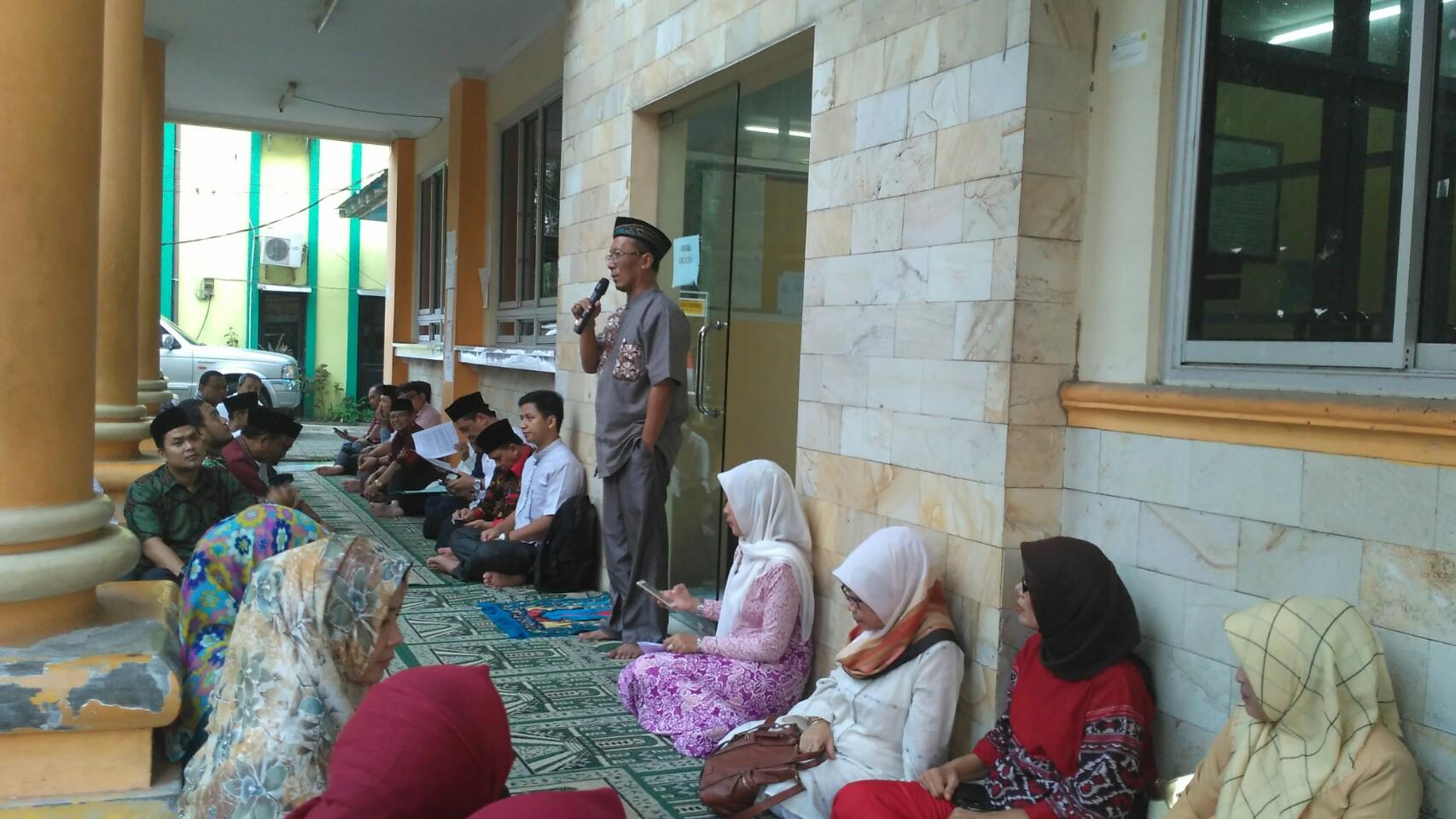Buka Puasa Bersam Civitas Akademika Fakultas Hukum Universitas Sultan Ageng Tirtayasa